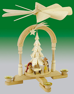 Pyramide mit Christi Geburt natur