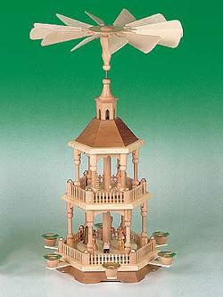 Pyramide Christi Geburt - natur